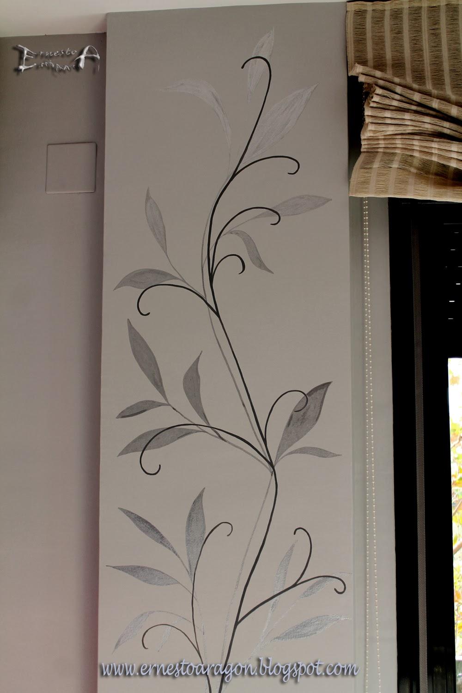 Ernesto arag n pintura para el hogar columnas en la - Como decorar con fotos una pared ...