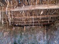 Detall de l'encanyissat del sostre de la tina de Cal Ratera