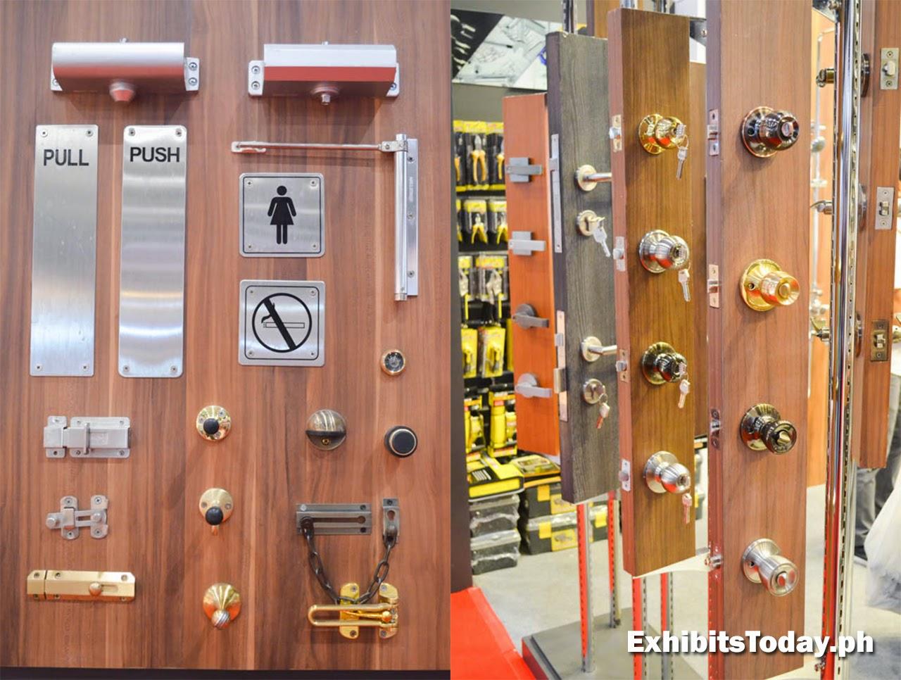 Door Knob and Accessories Display