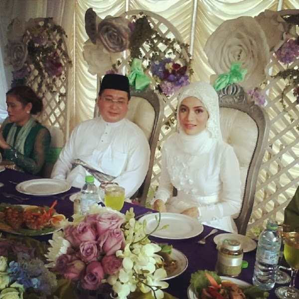 white wedding gown and baju kahwin