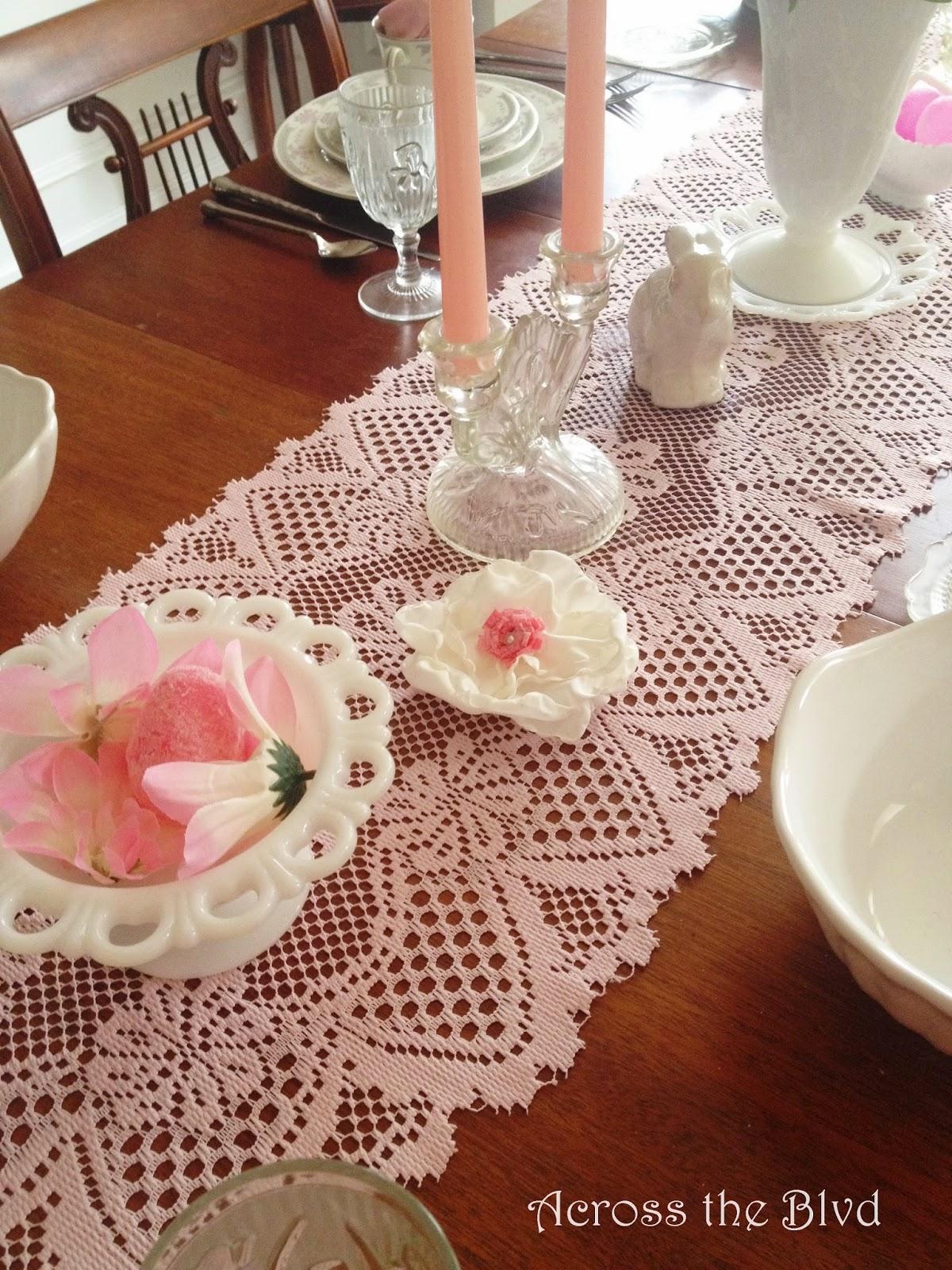 Easter Tablescape~Across the Blvd~Vintage & DIY Decor