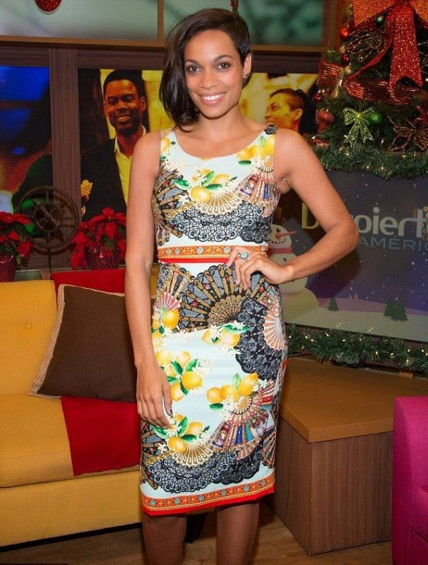 As you know, Rosario Dawson often heads out to many destination without make-up.  Thanks to her flawless complexion as today, the 35-year-old apparently taken by perfectly on morning TV show ¡Despierta América at Miami on Monday, December 8, 2014.