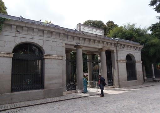 Madrid sin prisas juan de villanueva y su obra arquitectonica for Entrada jardin botanico madrid