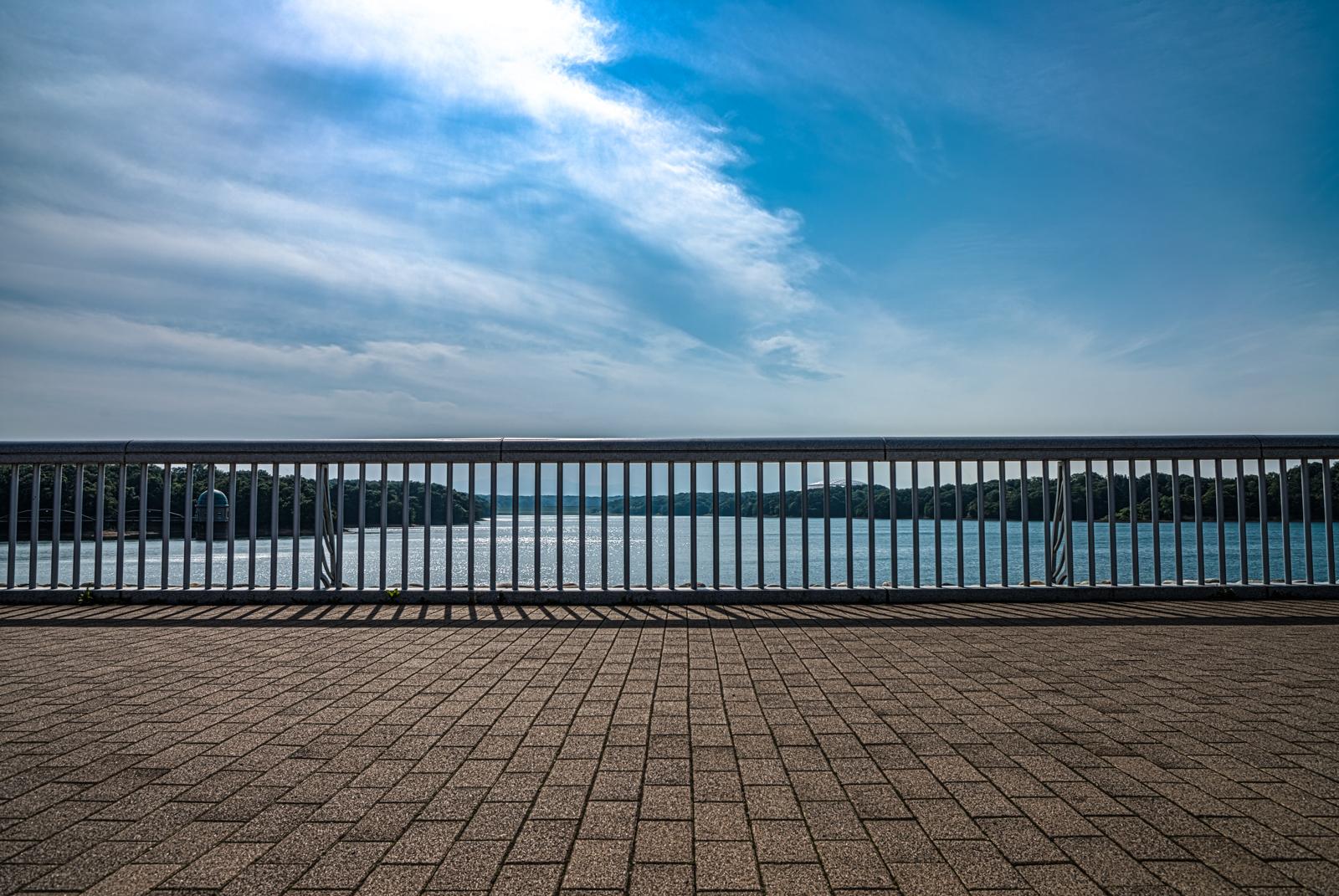 多摩湖のHDR写真 1枚目