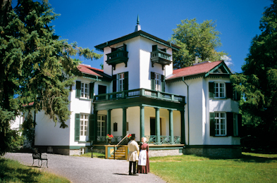 Bellevue House Historic Site Kingston Ontario hotels & Kingston Ontario Blog: Doors Open For Kingston Ontario Historic ...