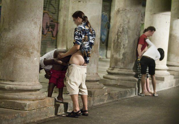 Prostitutas Trabajando En La Calle - Porno -