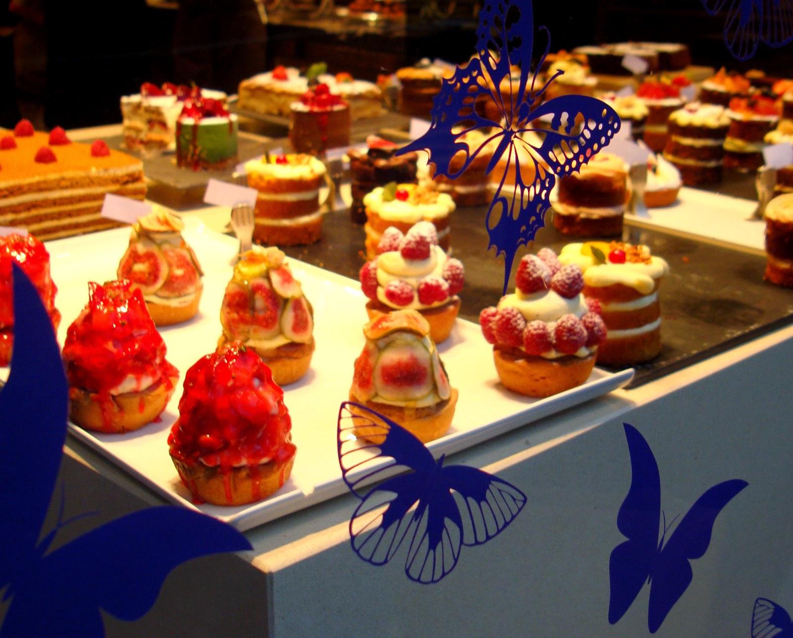 cakes in L'Eto