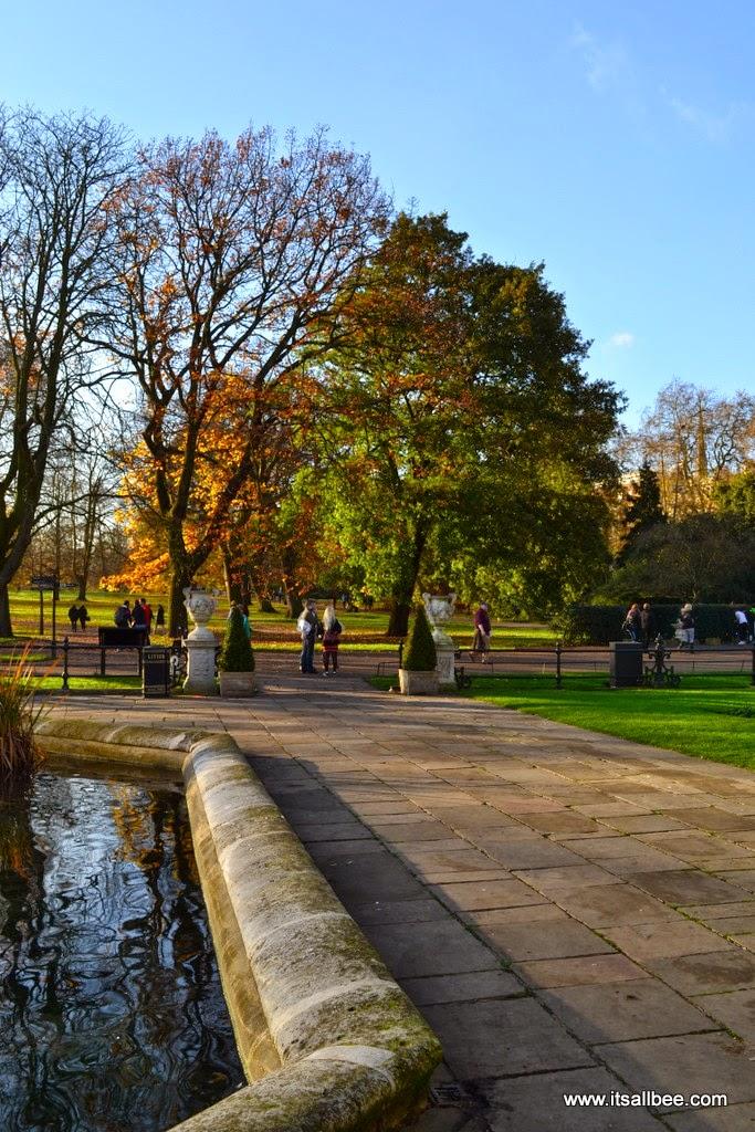 Italian Gardens | The Last Autumn Sun In Hyde Park