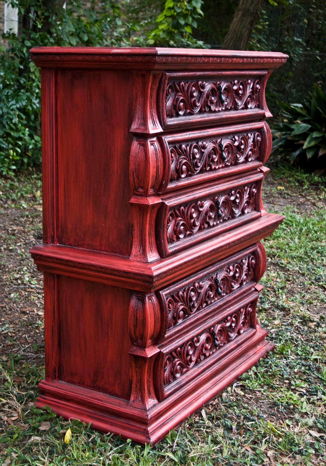 Modernly Shabby Chic Furniture: Ornate Red and Black Dresser