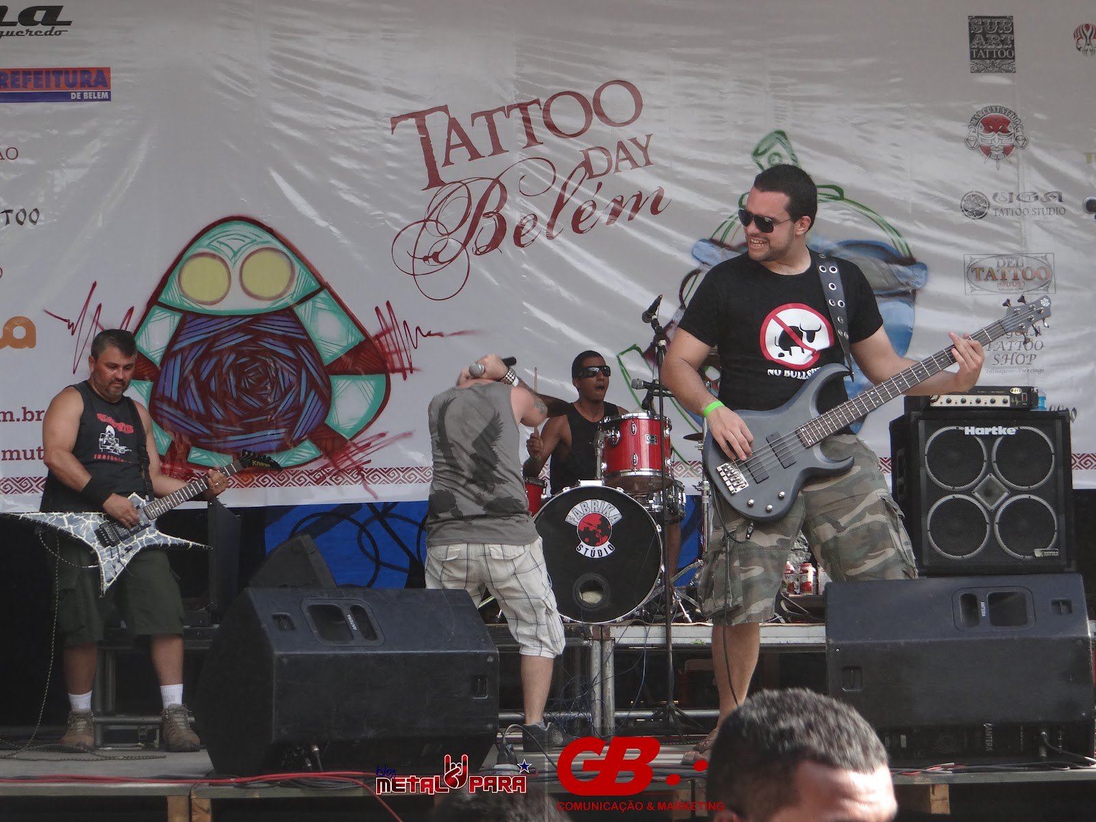 http://2.bp.blogspot.com/-cyoQQrvA7_g/UAH7zd7FoNI/AAAAAAAABD8/d9DBrMsYRz0/s1600/Tattoo%20Day%20Belém%20-%2008-07-2012%2000088.jpg