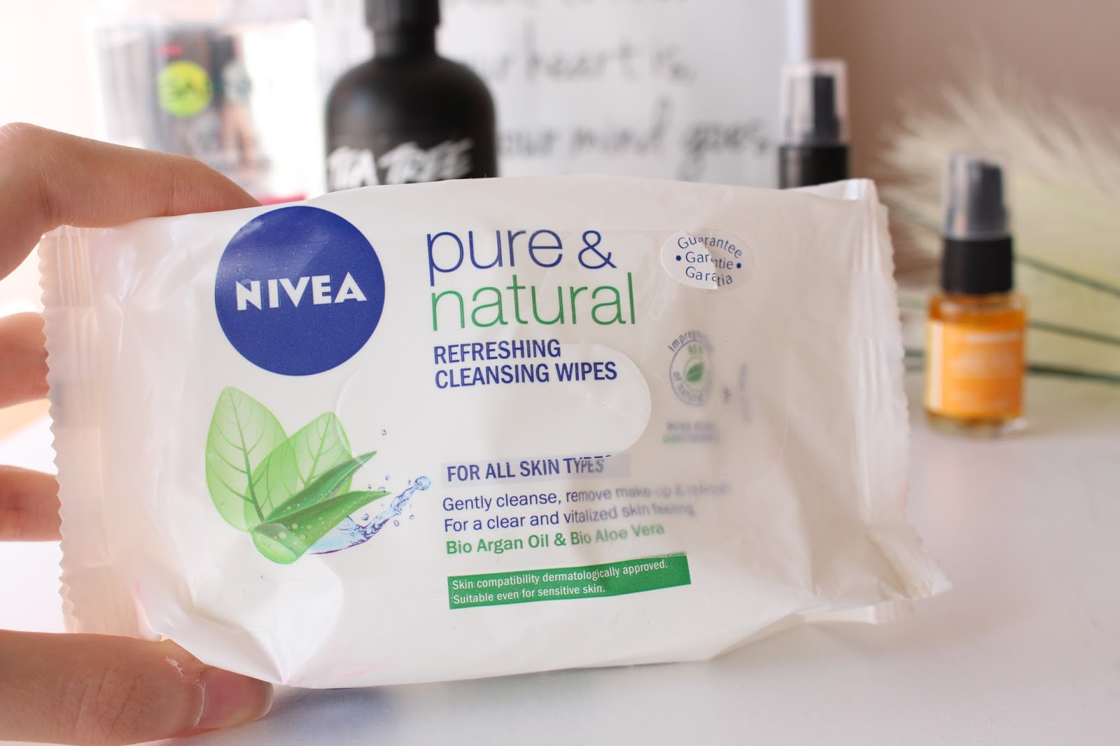nivea pure and natural makeup removing wipes