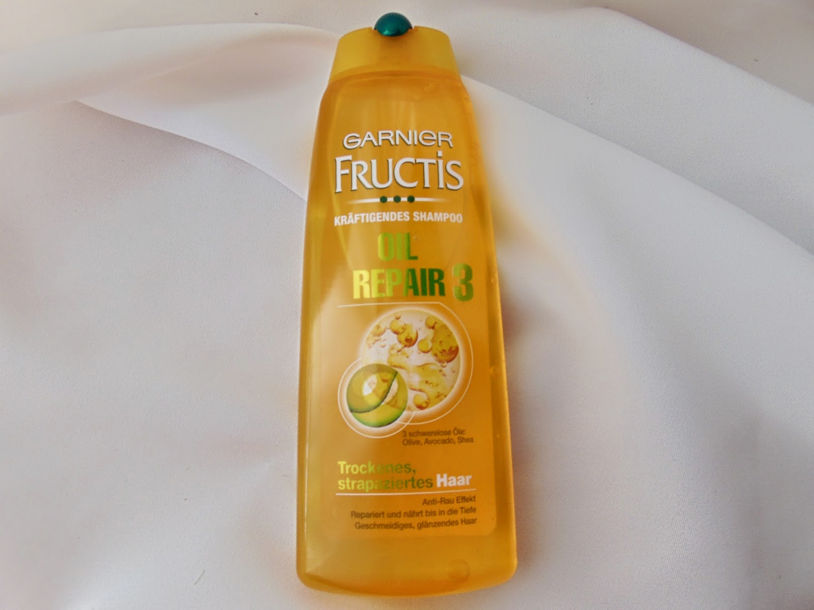 Garnier Fructis - Oil Repair 3 - www.annitschkasblog.de