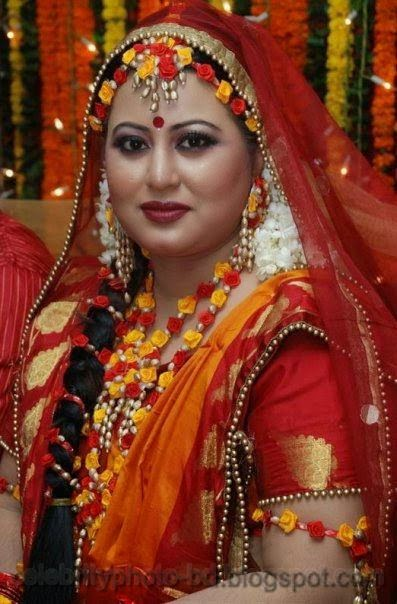 Latest+Photo+Tips+For+Looking+Hot+And+Beautiful+In+Gaye+Holud+Festival011