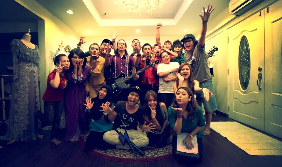 "#Kenangan Shooting MTV ""Dia Lydia"" Klangit Band"