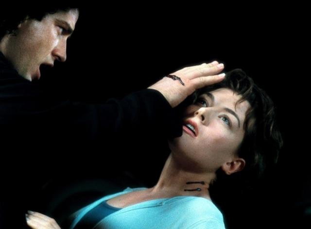 Đóng Đinh Ma Cà Rồng, Dracula 2000