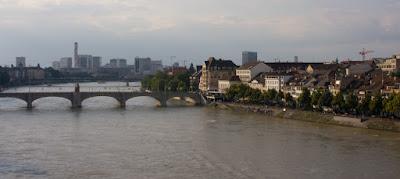 Basilea río Rin Suiza