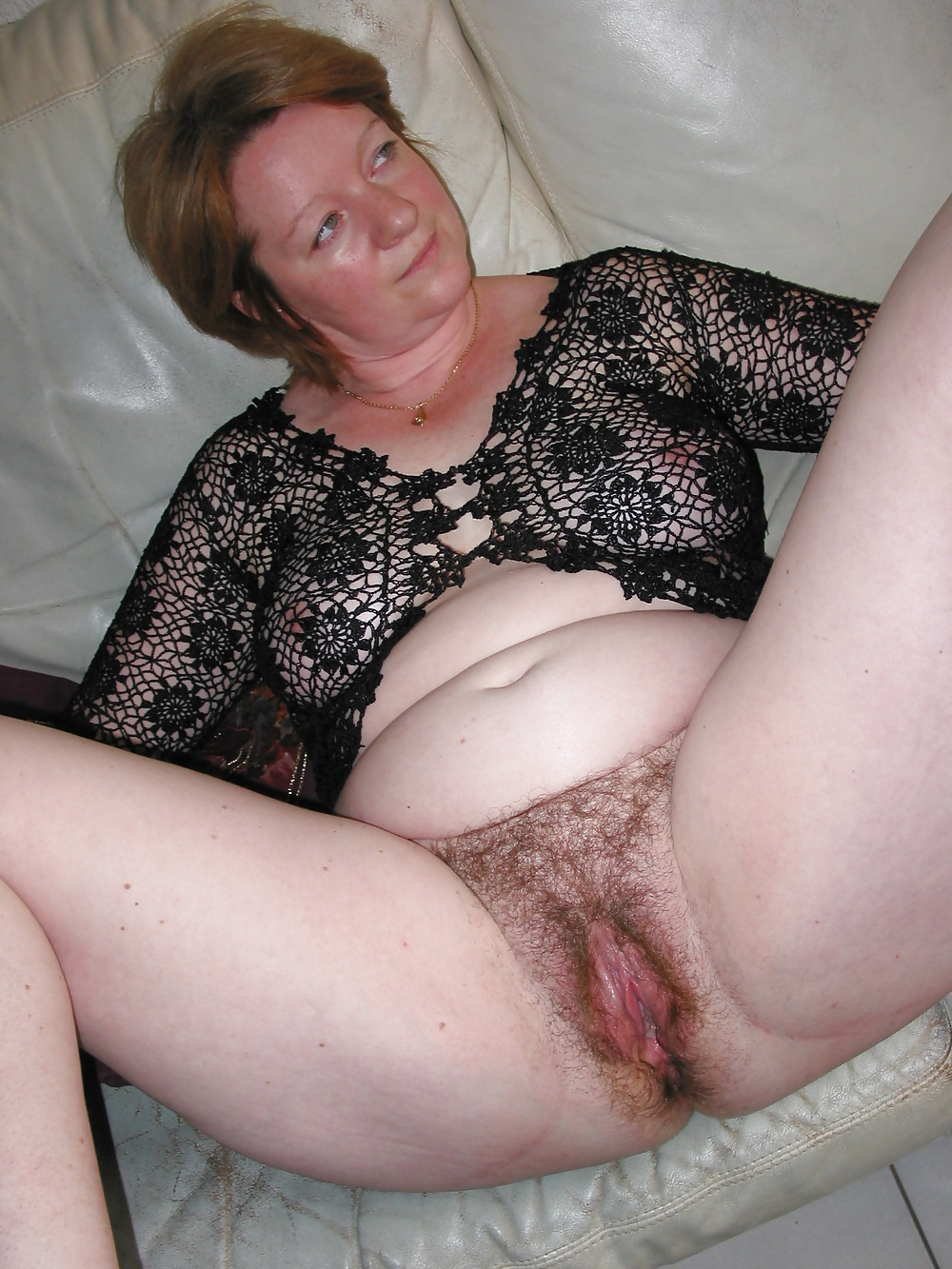 robe hairy milf Wife pussy