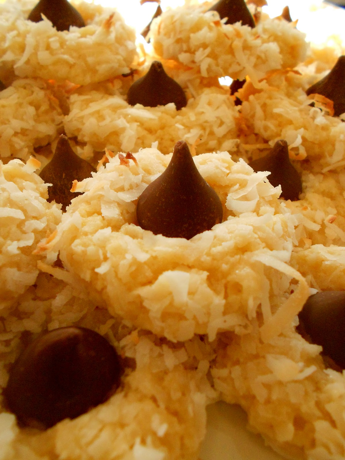meals & meals ..: Macaroon Kiss Cookies