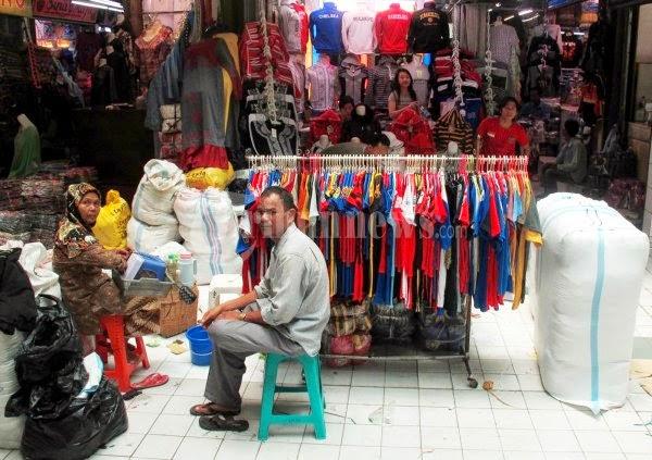 Grosir baju murah meriah di pasar Cipulir Jakarta memang sudah sangat  terkenal karena pasar ini merupakan pusat grosir termurah yang berada di  Jakarta ... ef6443490d
