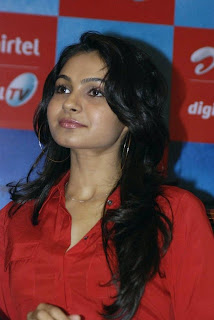 Andrea Jeremiah Pictures in Jeans at Vishwaroopam Movie Promotion at Airtel DTH
