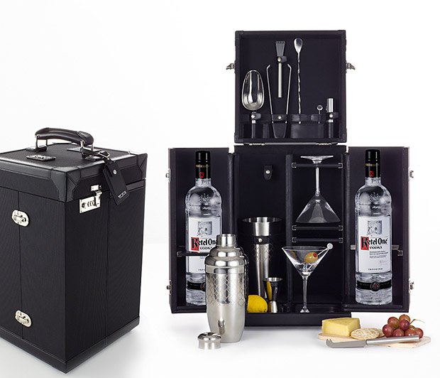 Tumi Mixology - Portable Mini Bar , Bar-in-a-box