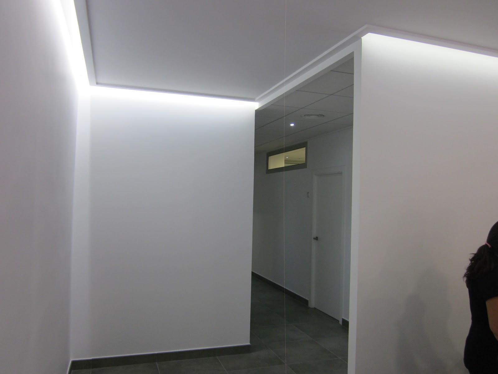 Habitania construcciones y reformas iluminaci n - Iluminacion de pared ...