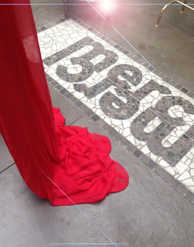 Robe rouge longue soie
