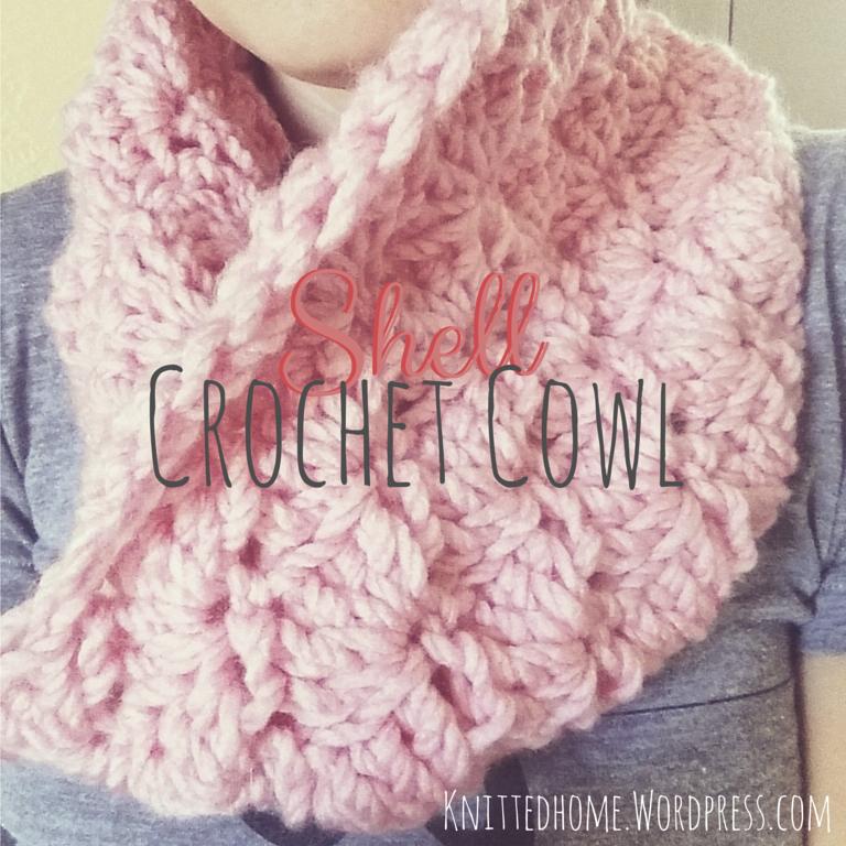 crochet shell mini cowl  |  knittedhome.etsy.com