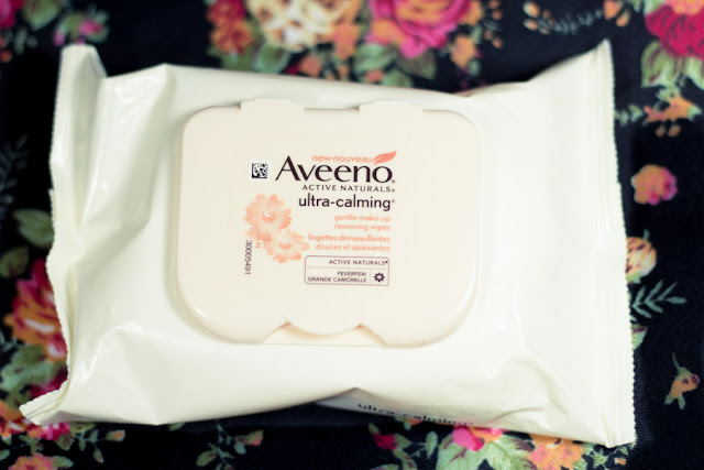 aveeno ultra calming makeup removing wipes review