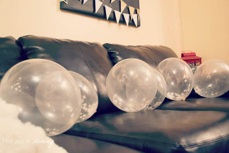 5 Easy New Year's Eve Party Tips; confetti balloons