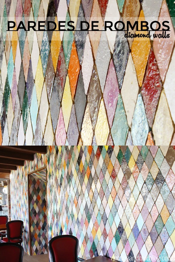 pared de azulejos con forma de robos de colores esmaltados hotel mas tapiolas