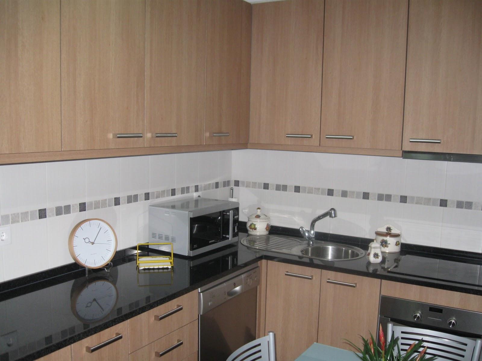 Adão & Tavares: Móveis de Cozinha #7D654E 1600 1200