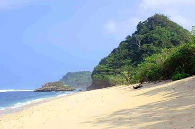 Foto gambar Pantai Watu Leter