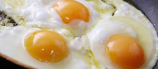 Scrambled eggs with eggplant