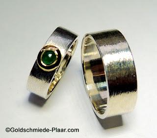 Trauringe aus Silber mit Smaragd, Goldschmiede Plaar
