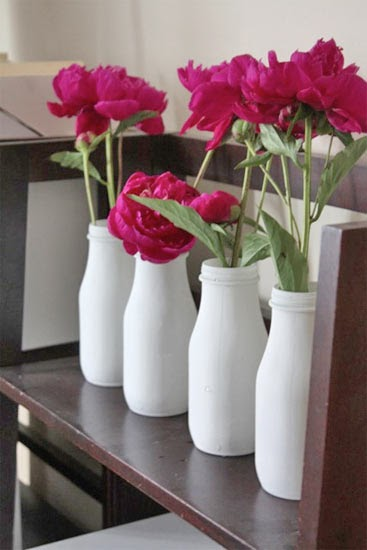 Beauty and the green diy vases in a snap for Diy crafts with glass jars and bottles