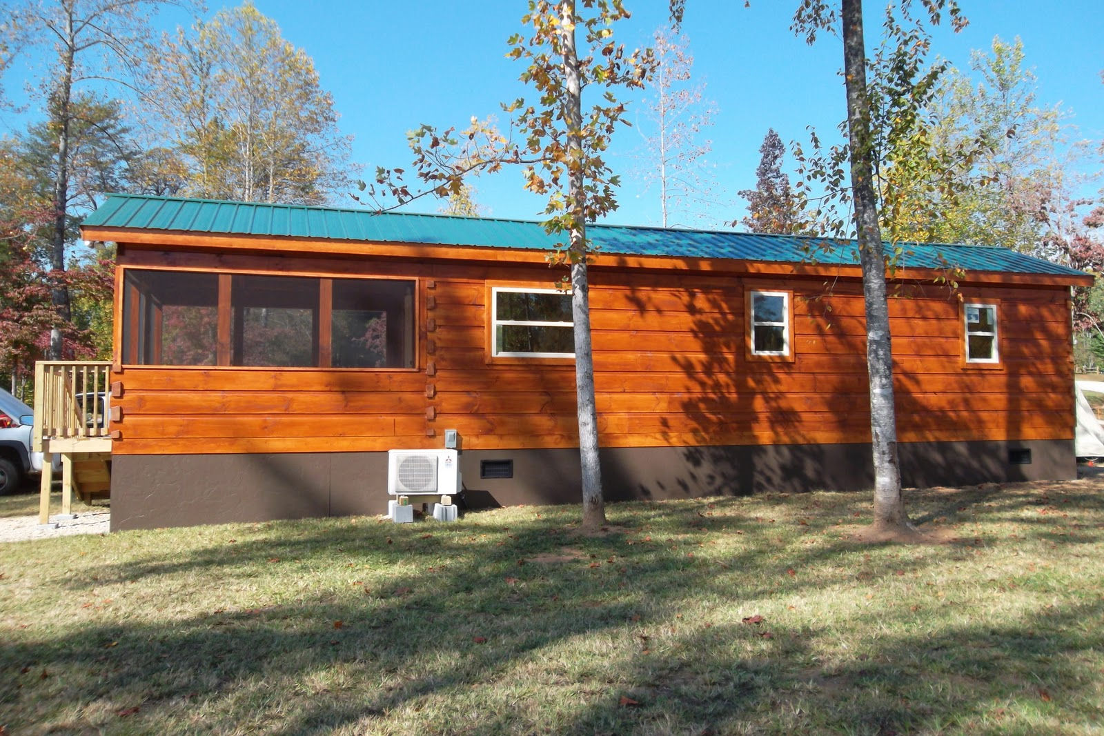 Log cabin stain colors - This Month Week We Highlight The Cinnamon Color As Applied To A Customer S Cabins For More Information About Color Options Call Our Office 864 457 2444