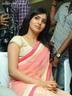 Samantha Hot Saree Pics