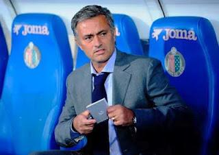 Mourinho pada City: Uang Tidak Bisa Membeli Sejarah dan Trofi
