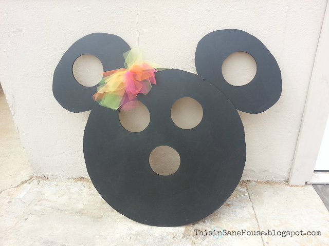 This insane house minnie mouse bean bag toss for Hand shaped bean bags