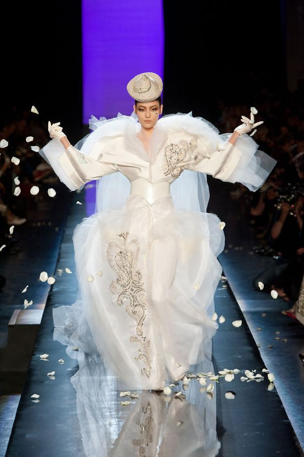 Tatitati style the art of fashion jean paul gaultier for Haute couture translation