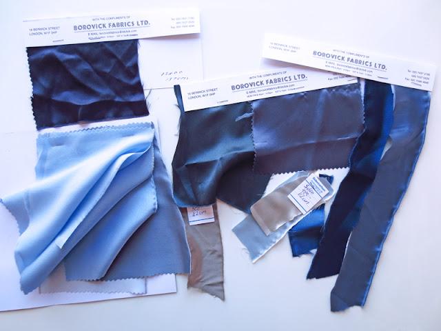 Dark blue lace pencil skirt silk crêpe samples   www.stinap.com