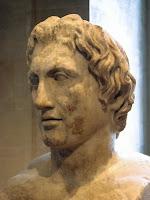 Busto de Alejandro conocido como Alejandro Azara. Copia romana en mármol de un original de Lisipo, c. 330 a. C. Museo del Louvre