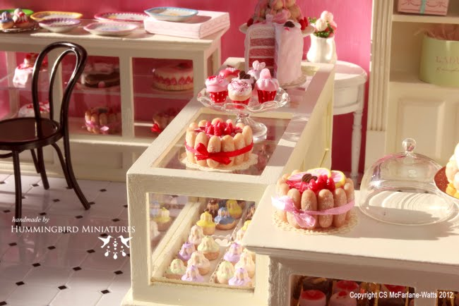 Hummingbird Miniatures: Piccadilly Patisserie and Cakes
