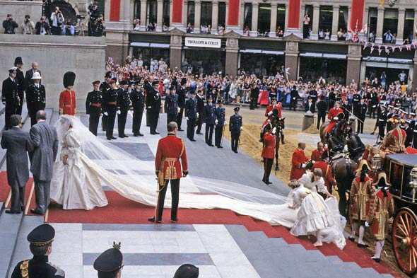 The Marriage of Prince Charles and Lady Diana Spencer (3): Enter to Westminster Abbey