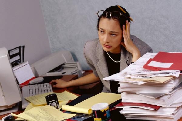 http://2.bp.blogspot.com/-d1-PhxlmyG8/Th0an4rKkHI/AAAAAAAADR4/zZyAgeqWpbA/s1600/stres_kerja.jpg