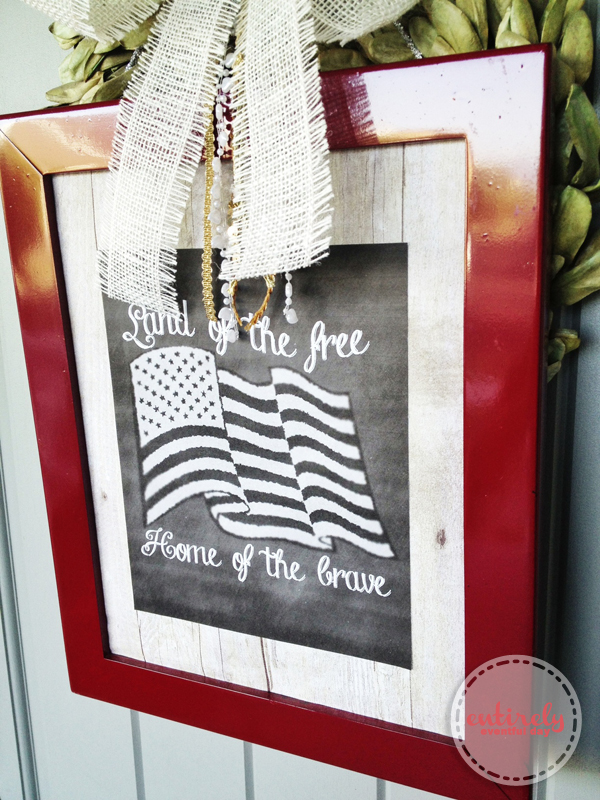 Patriotic Summer Wreath and Free Printable. .. Love this design. entirelyeventfulday.com #fouthofjuly #summer #printable