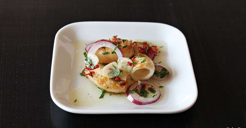 Calamari with chili, garlic & red onion #78