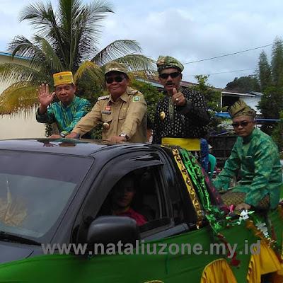 Raja Tayan, Bupati Sanggau, Raja Sanggau dalam Pawai Festival Budaya Melayu Tayan dalam rangka Pelantikan MABM, Pemuda Melayu dan Perempuan Melayu Kec. Tayan Hilir