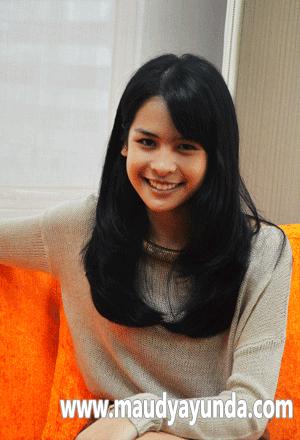 Biodata Lengkap dan Foto Terbaru Maudy Ayunda